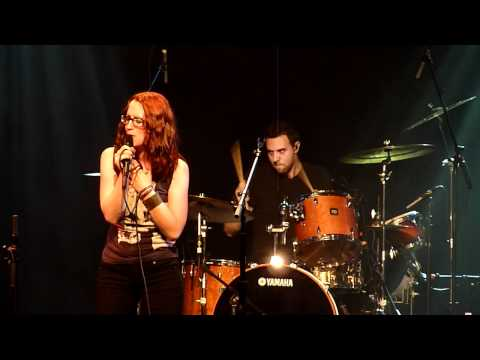 Ingrid Michaelson - Die Alone live at Nokia Theatre, NYC [05/16]