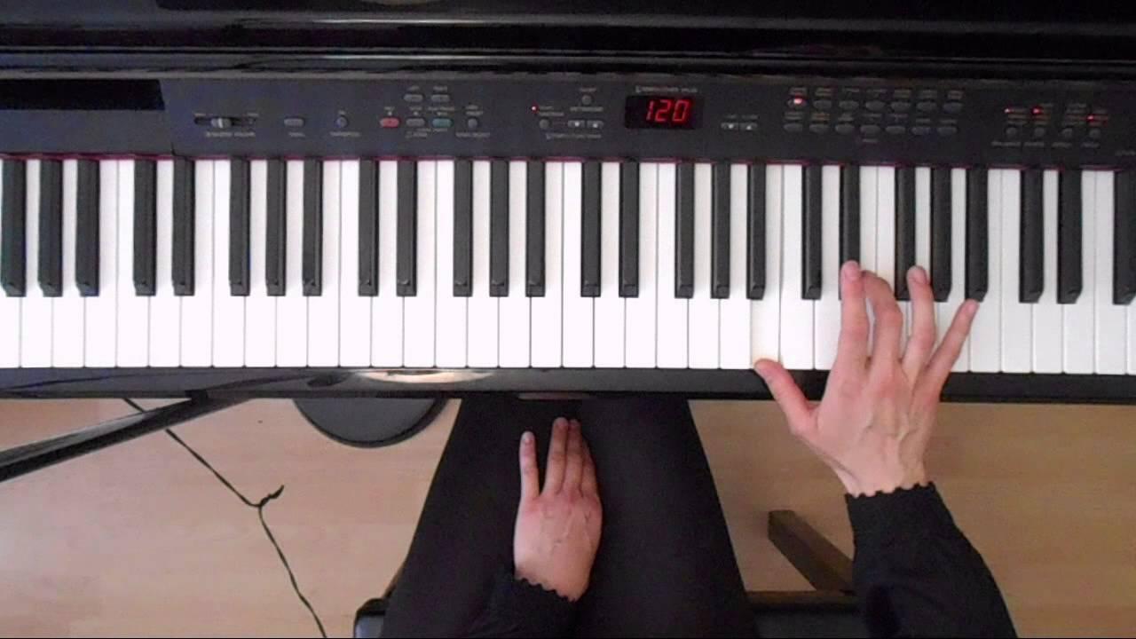 Online piano scales e major chords demo youtube online piano scales e major chords demo hexwebz Gallery