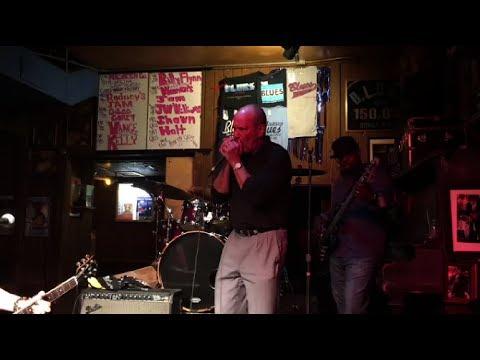 Wayne D - Blues Harp - at the Chicago B.L.U.E.S Bar