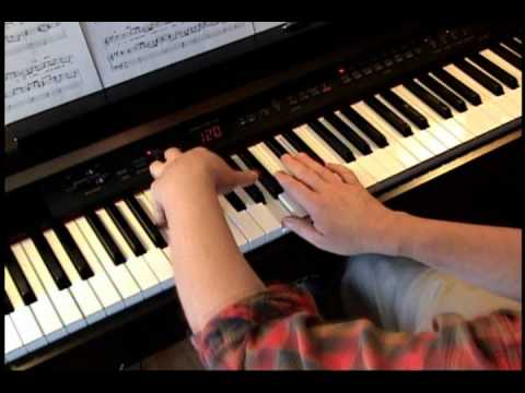 My Grown Up Christmas List - Kelly Clarkson - Piano - YouTube