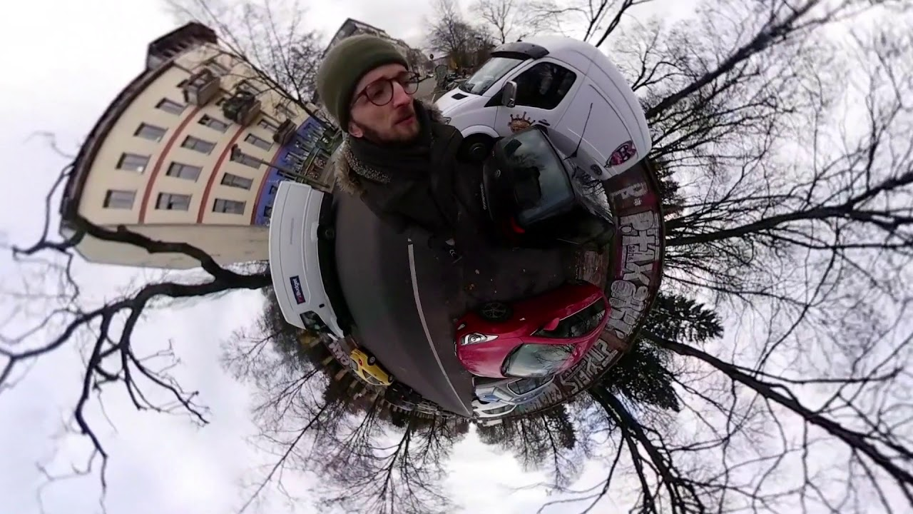 Walk on Sunday Morning in Berlin (360 Camera, Little Planets)