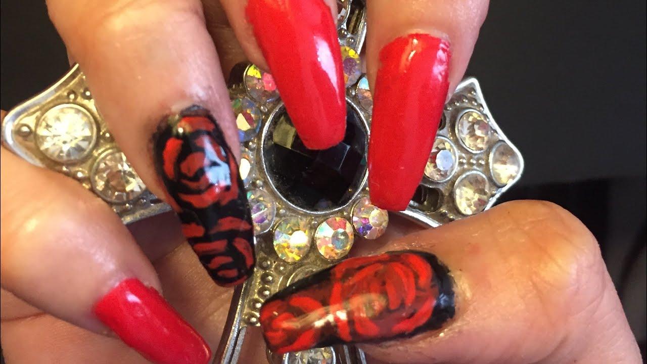 Uñas Rojas Y Negras Con Diseño De Rosa Uñas De Gel Laquer Evolution Nails Red