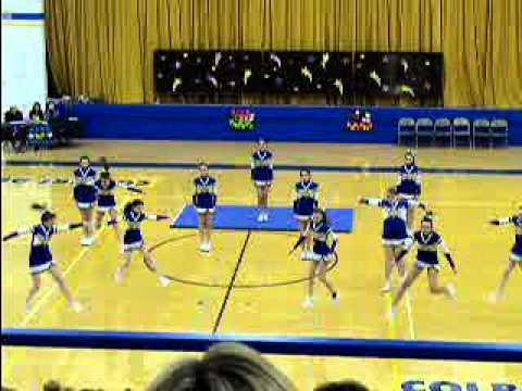2014 Wahlert Catholic High School Cheer Squad