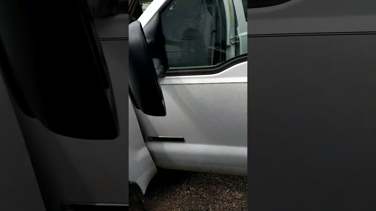 05 Super duty door ajar chime speaker location and removal