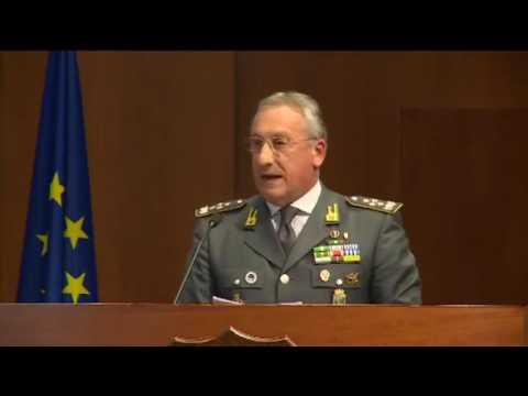 Roma - Renzi alla inaugurazione dell'anno di studi della Guardia di Finanza (23.11.16)