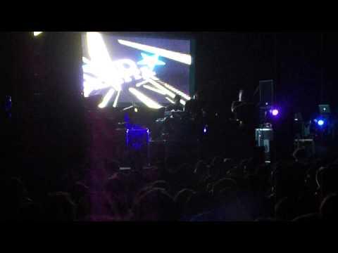 david vendetta feat mika @ sound waves 2011 ..MP4