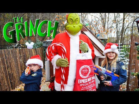 Download Youtube: Grinch tricks Buddy the Elf featuring The Assistant a silly funny kids video at Christmas town
