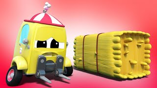 Truck videos for kids -  HOLI : Super BULLDOZER and the FORKLIFT SAVE the RACERS - Super Truck !