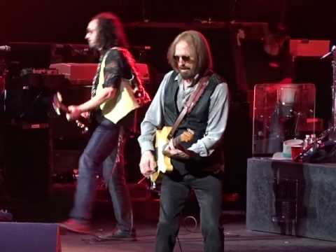 Tom Petty And The Heartbreakers - You Wreck Me - TD Garden, Boston 7-21-2017