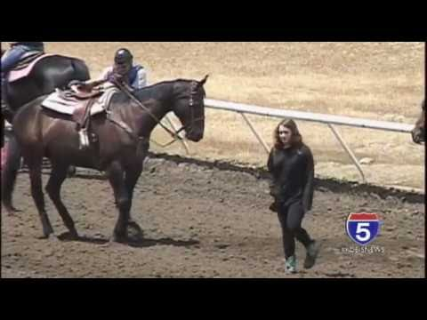Horse Racing Opening Day At Grants Pass Downs
