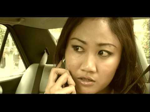 nanoe Biroe - Matan Iluhe Mobil (Official Music Video)