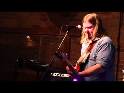 Greg Humphreys Electric Trio – Am I Losing My Mind – Live at The Rongovian Embassy