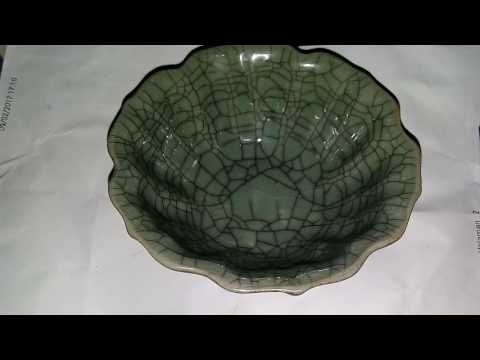 Antiques dynasty china (bowl cracked thousand)