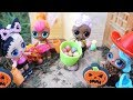LOL SURPRISE DOLLS Halloween Experience Trick Or Treating Barbie Lets Them Go Trick Or Treating!