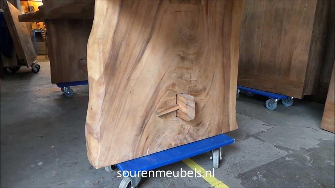 Suar Wood Tafels : Boomstamtafel suar tafel youtube