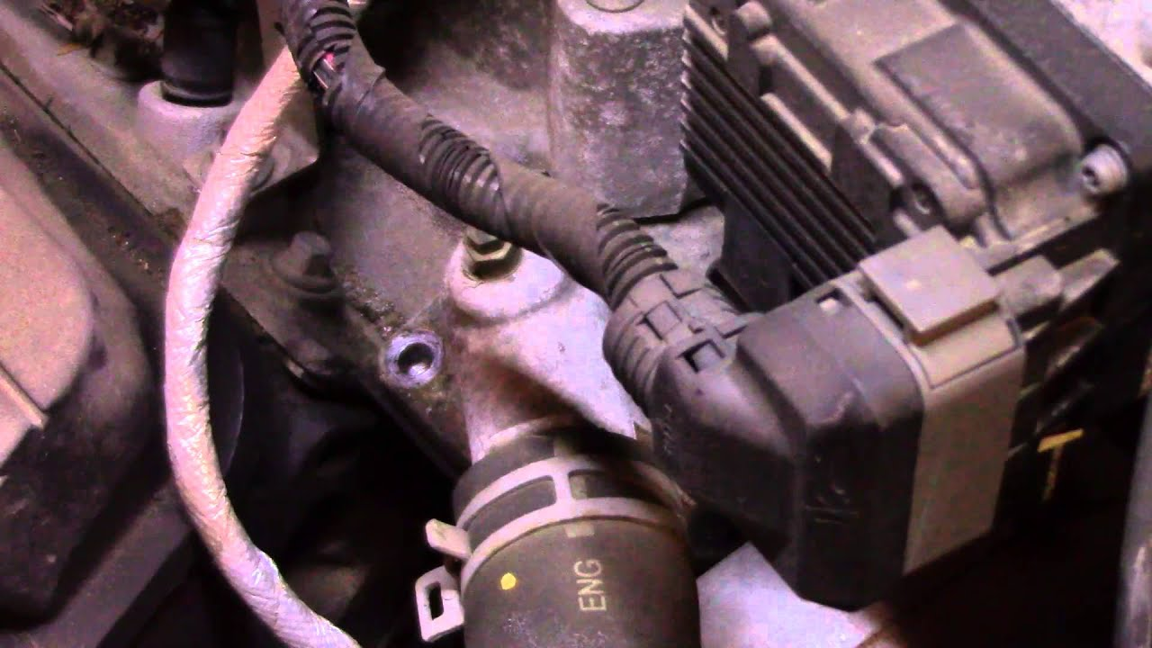 hight resolution of 2006 buick lucerne thermostat replacement