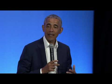 Barack Obama and Steph Curry hold town hall Q & A in Oakland