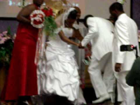 Wedding Praise Break