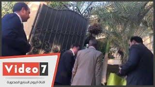 """مدير أمن القاهرة يصل منزل النائبة زينب سالم حاملا """"هدية""""  للاطمئنان عليها"""