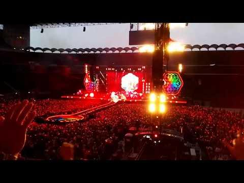 Coldplay Live Milano 2017 - A head full of dreams