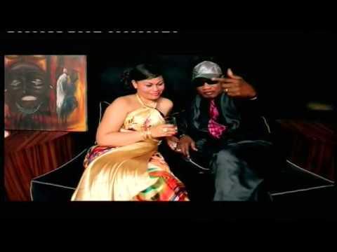 Koffi Olomide Agbada: Hits Clip 15