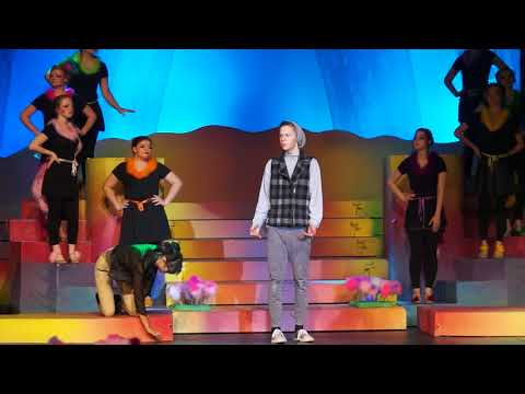 DC Everest Seussical the Musical 2017-Act I