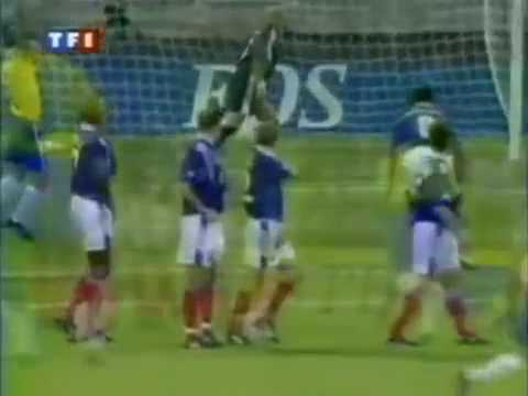Roberto Carlos Best Goal   Free Kick Goal vs France Tournoi de France 1997 online video cutter com
