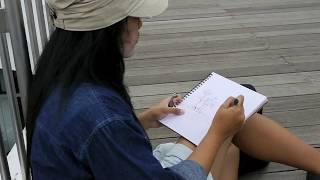 Sketching at Vivocity (24 Dec 2011)