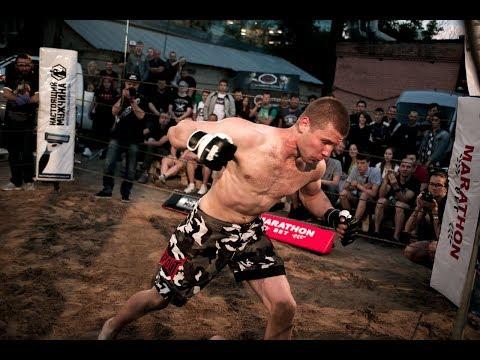 Wrestler broke his finger vs Street fighter !! Crazy fight !!!из YouTube · Длительность: 9 мин22 с