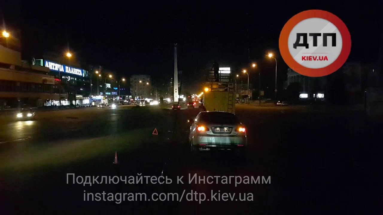 21.07.2017 Дтп Киев площадь победы троллейбусный провод мг 2