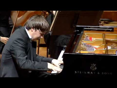 SASHA GRYNYUK plays Brahms Piano Concerto no.1 (5)