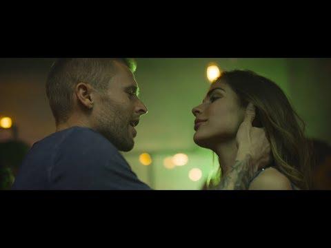 Zach Morris - Mi Latina ( Video Oficial )