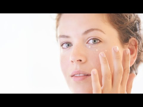 How zinc oxide works in your skincare | The Science of your Skincare