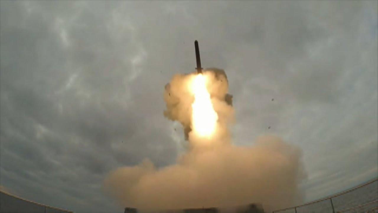 Запуск крылатой ракеты «Калибр» с фрегата «Адмирал Эссен»