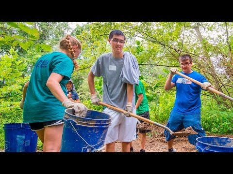 WVU students work on service projects