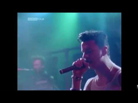 Depeche Mode  - Just Can't Get Enought (101 Rose Bowl Pasadena 1988)