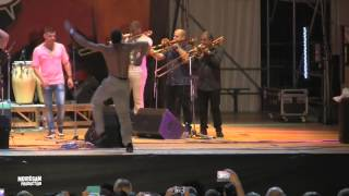 Elito Revé Y Su Charangon Feat. Maykel Fonts - Rumbero Latinoamericano (Live)