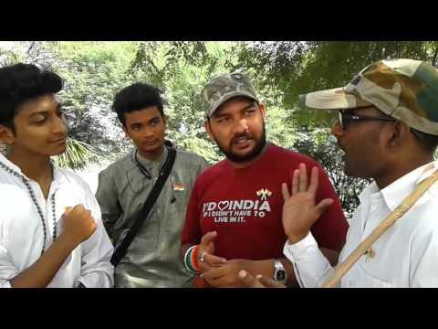 Kya India Ke Media Hindu aur Musalman ko Badkati...