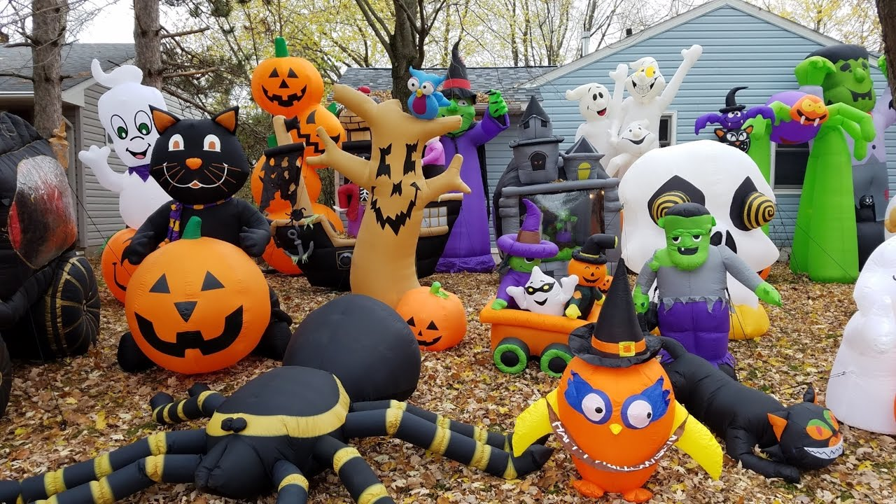 Halloween Inflatables | Insane Halloween Inflatable Decorations Stewartv Youtube