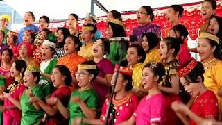 MedleyI Lagu daerah Sulawesi Tengah Paduan Suara Kota