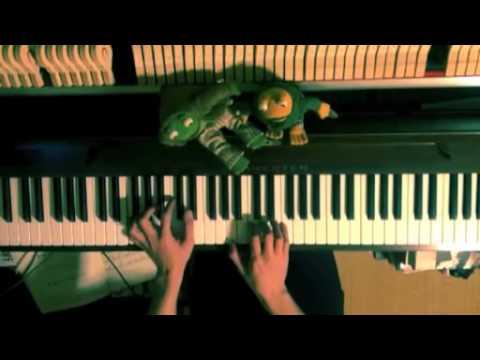 あっちこっち (Acchi Kocch, PLACE TO PLACE)』のOP「あっちでこっちで」(作曲:ARM)をピアノで。