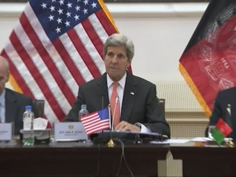Kerry Presses Afghan Leaders on Unity