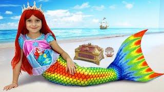 Download София и Принцессы Русалочки, Веселые истории про волшебные Подарки Mp3 and Videos