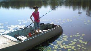 Подборка приколов, девушки на рыбалке!