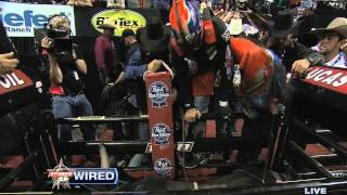 TRUE GRIT: Austin Meier fights pain and conquers Mud Wasp at PBR World Finals