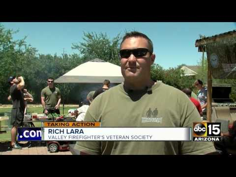 Firefighters make lunch for veterans