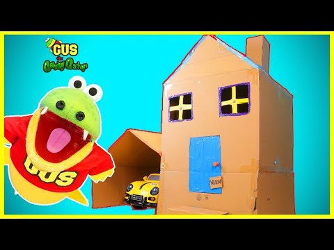 BOX FORT CHALLENGE! Gus the Gummy Gator builds GIANT BOX FORT!!