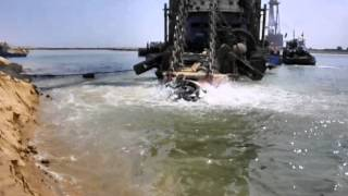 the first video for the withdrawal and expulsion of sand dredging in the channel