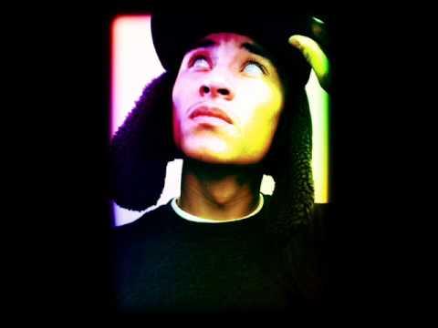 Nicki Minaj Ft. Drake Moment for life remix (Welcome To My Life) Cold Fusion Kidz