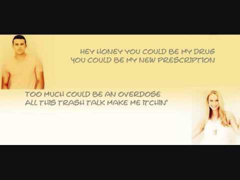 Glee cast karaoke -Everybody talks karaoke with lyrics